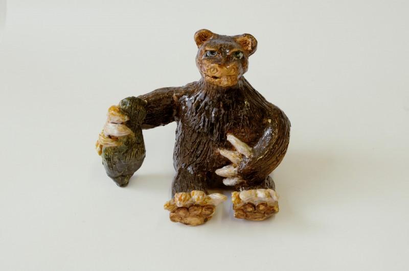 """Keraminė skulptūra """"Meškos laimikis""""Sandra Bradauskienė3"""