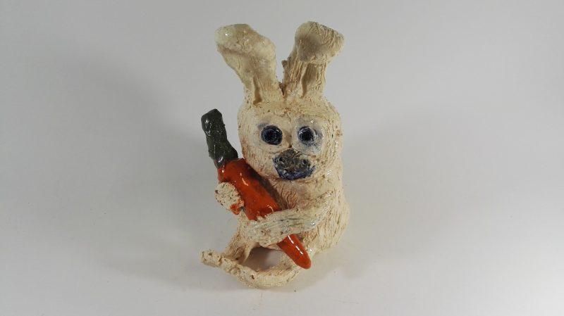 """Keraminė skulptūrėlė """"Dėkui už morką!""""220288"""