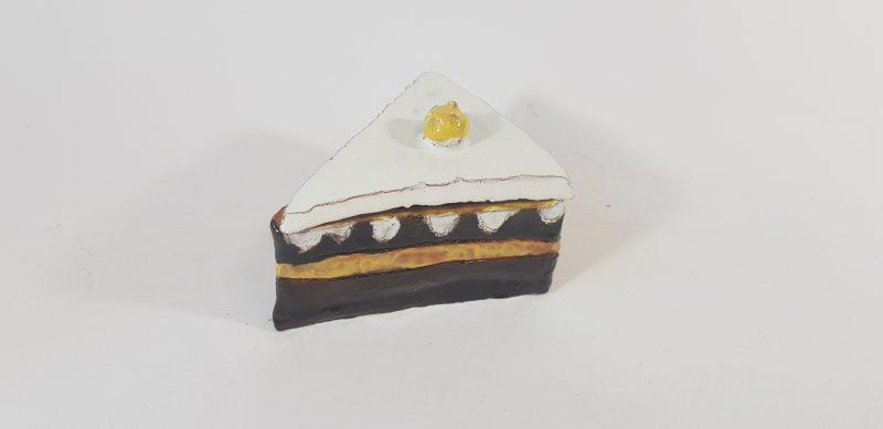 """Keraminė skulptūrėlė """"Šokoladinis tortas"""""""