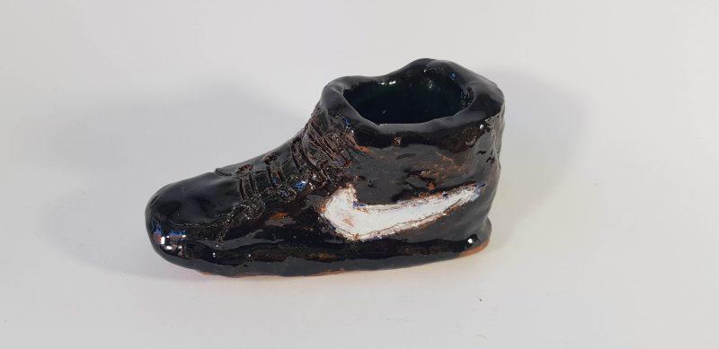 """Keraminė skulptūrėlė """"Nike"""""""